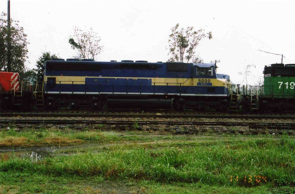 SD50M-3 on CSX train Q545