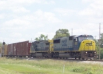 CSX 8772 on Q619 heading south