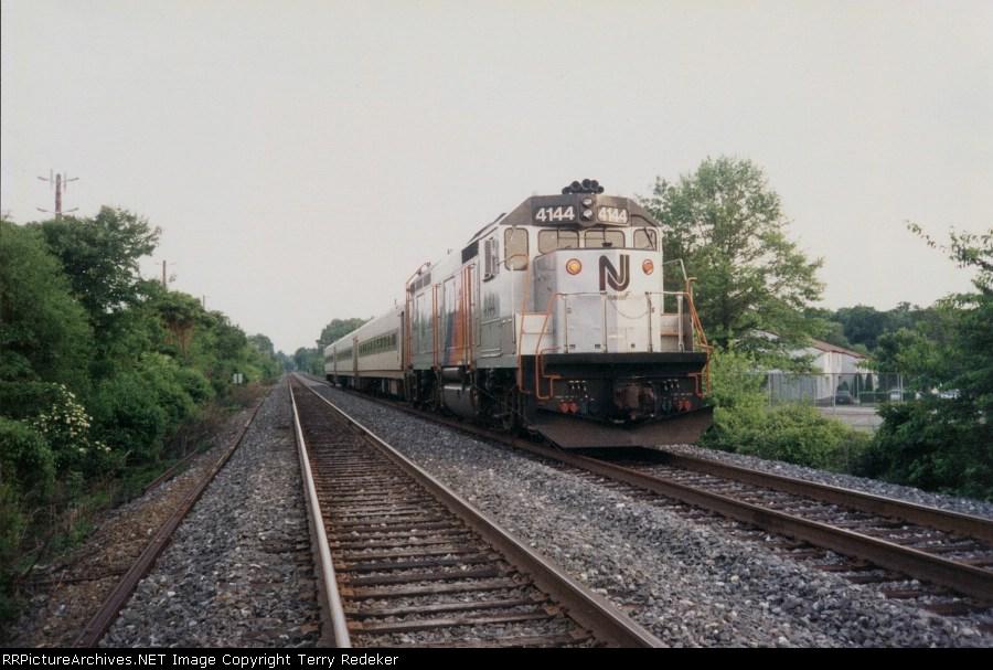 NJT 4144