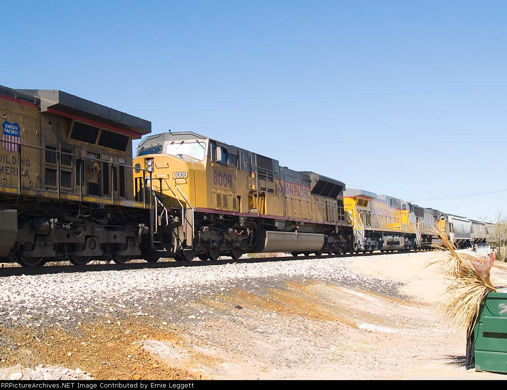 UP 8009 #2 power in WB grain train at 2:19pm