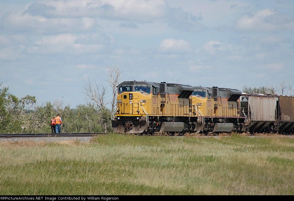 Union Pacific Railroad (UP) EMD SD9043MAC's No. 8285 and No. 8304