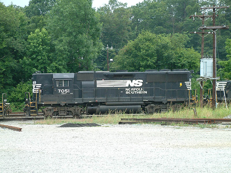 NS 7051