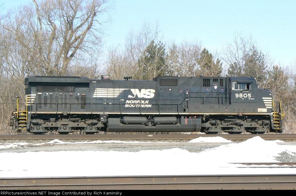 NS 9805