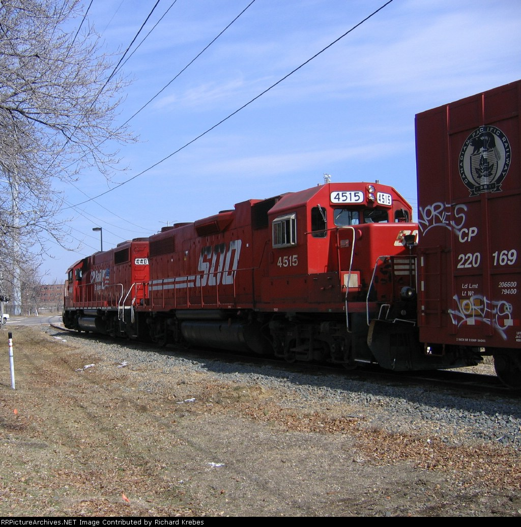 Soo Line 4515 and Canadian Pacific 4406
