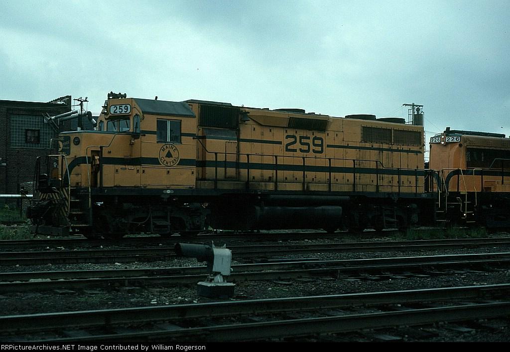 Maine Central Railroad (MEC) EMD GP38 No. 259