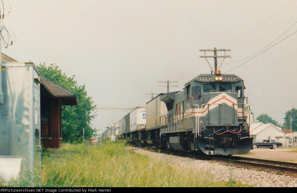 LMX 8510 East