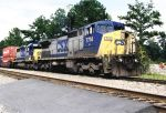 CSX 7714 builds it's train