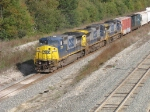 CSX 7379, 7348 & 7892 heading west with Q369