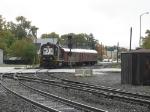 NS 4123 pushing an inspection train