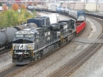 NS 7595 & 9528 power up westward with 35N