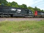 NS 6596 running long hood forward!