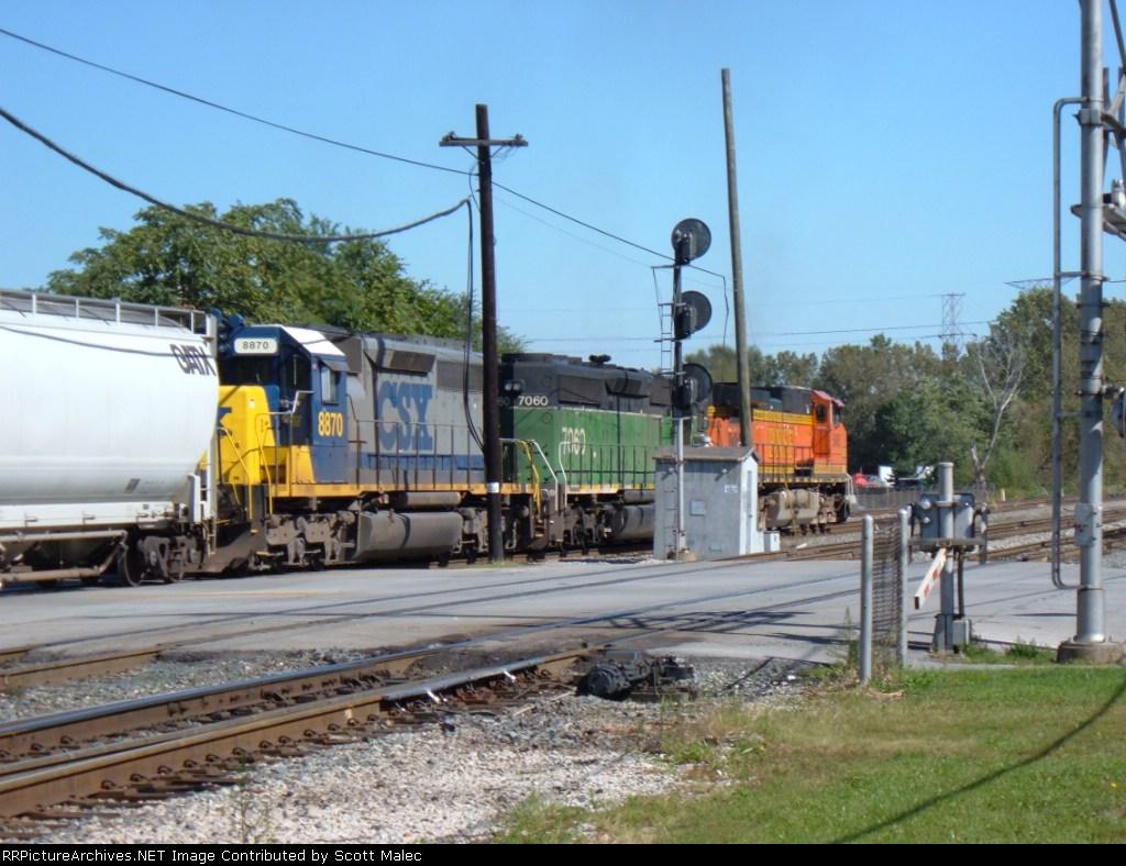 BNSF 5485 & 7060 & CSX 8870