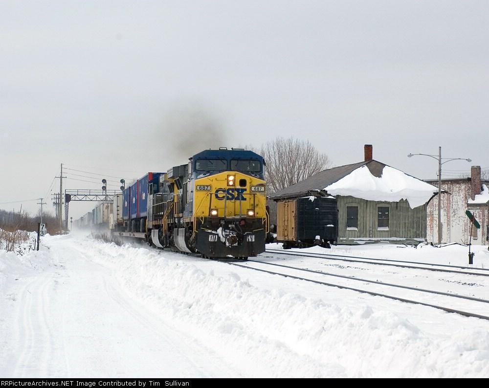 CSX 687