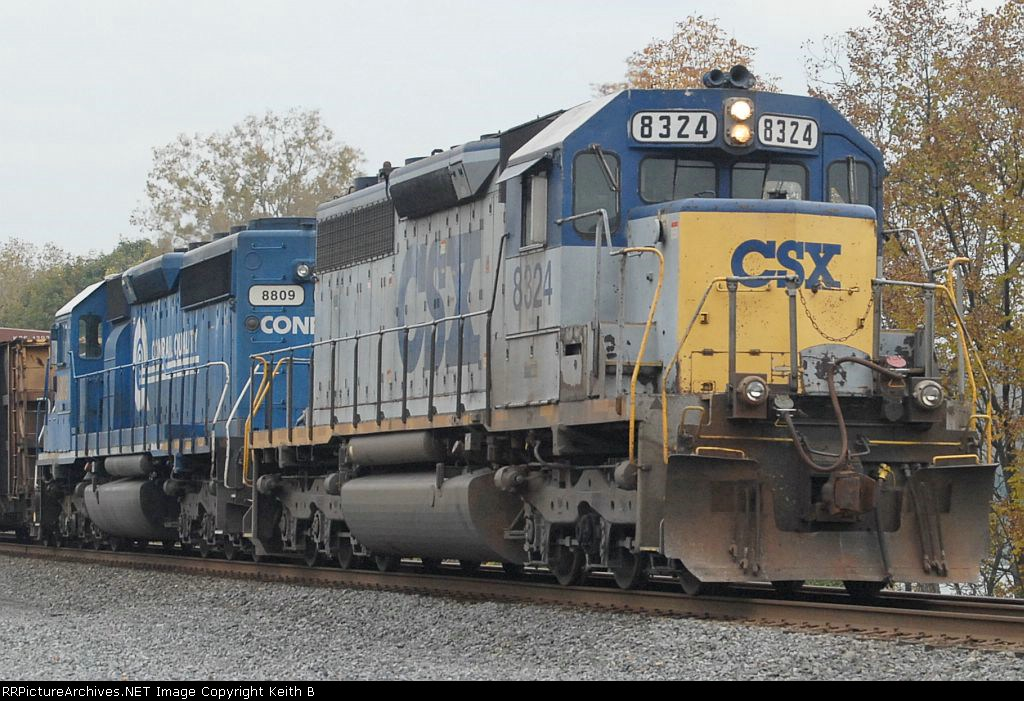 CSX 8324 and 8809