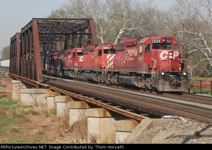 CP 38T is seen crossing over the Raritan River at 9:15