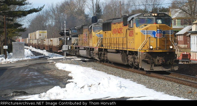 NS 214 is headed east on this Saturday morning over the LEHL