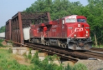 CP 38T heads east over track 2 of CRSA's Lehigh Line at 8:10