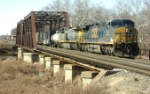 Mixed freight heads east then north to Selkirk, NY on Q410