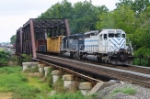 CSX Q418 is seen coming off the Trenton Line on to CR's Shared Assets