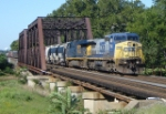 CSX Q418 is heading east over the Raritan River