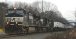 Its 9:30 on Saturday morning as NS 21M rolls west