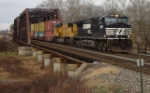 NS 24V is eastbound over CR's Shared Assets Lehigh Line