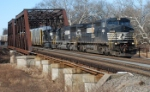 NS 212 heads east over the LEHL at 9:30 on this Monday morning