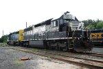 NS 1705 CSX 8829