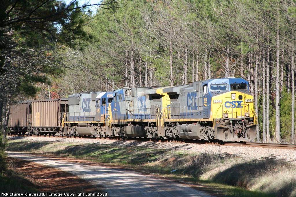 CSX 352 leads coal train