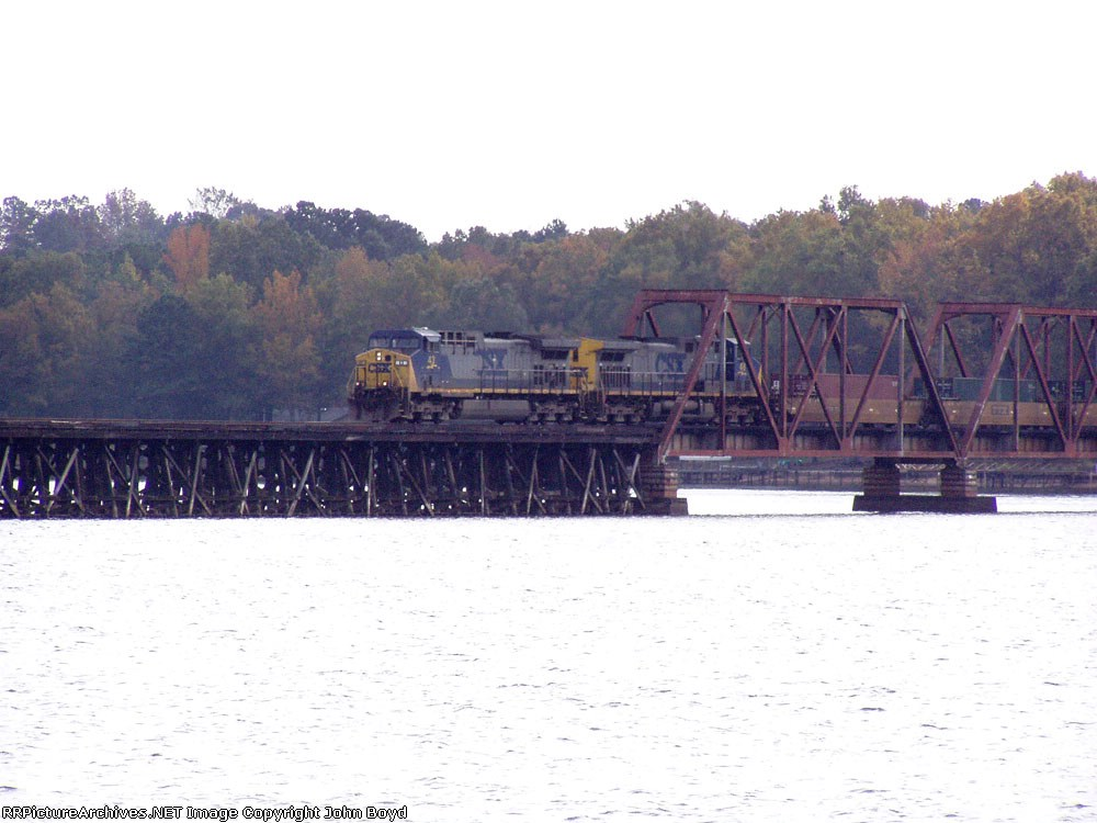CSX AC4400 #43 leads Q-182 north across the Lake Greenwood ex C&WC bridge