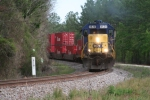 CSX 8520 leads Q-182 north near Bradley.