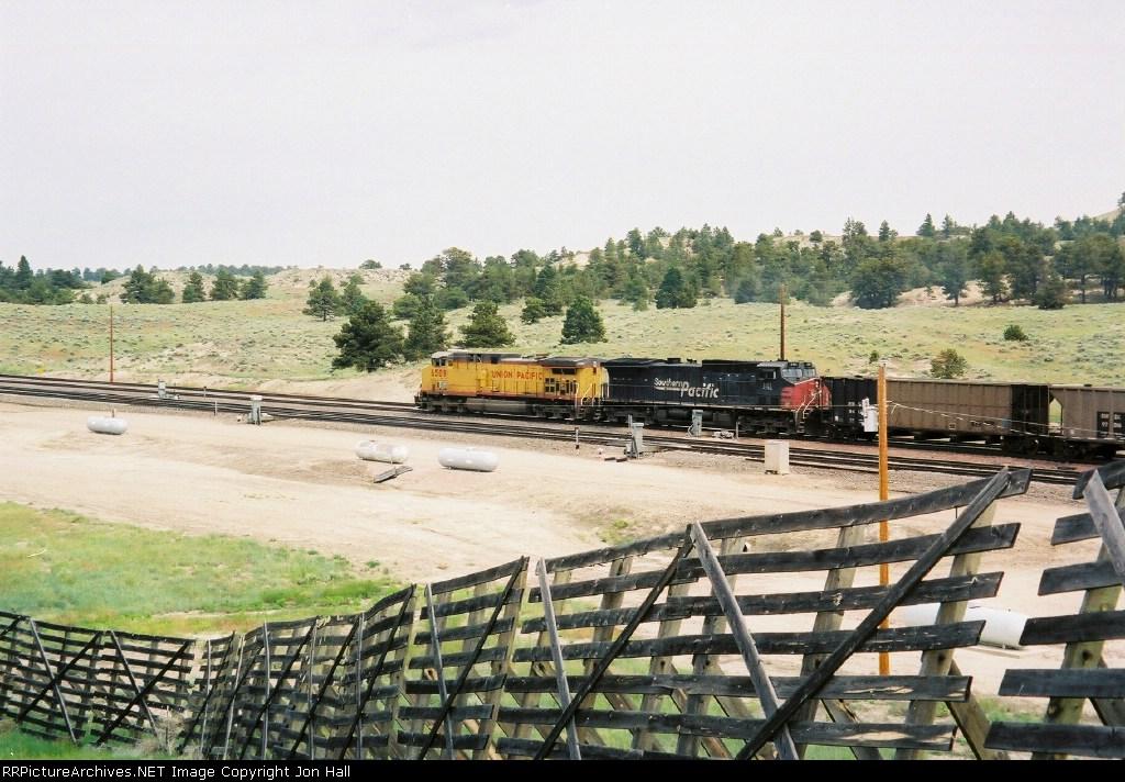 UP 6509 & SP 141