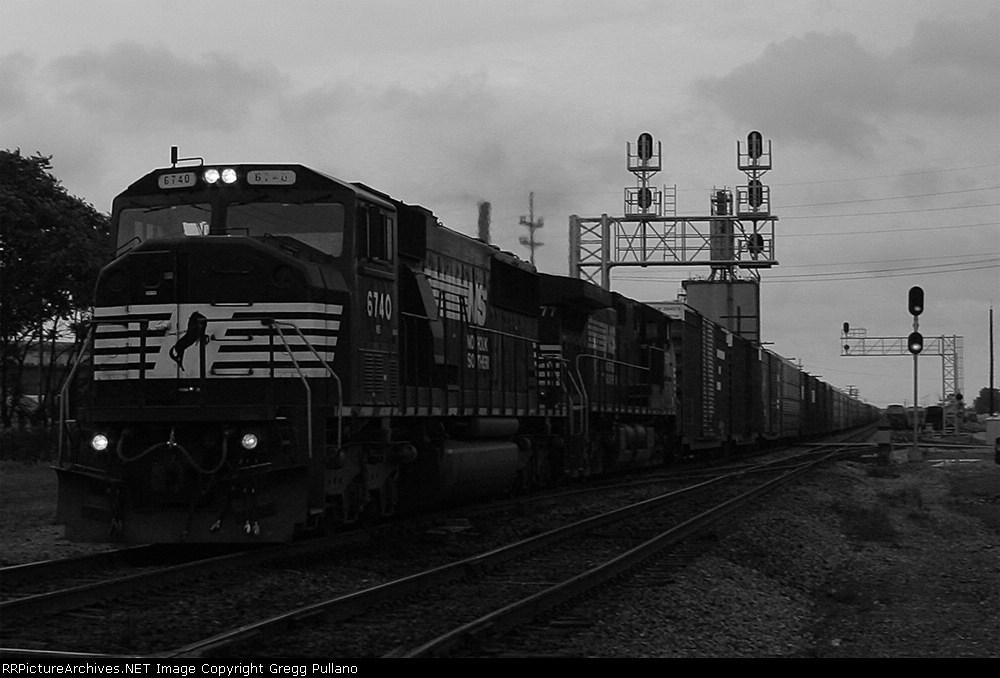 NS 6740 on 15E
