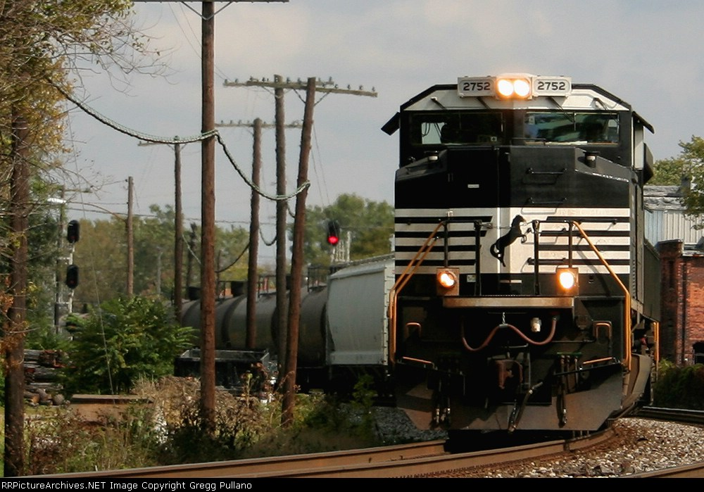 NS 2752