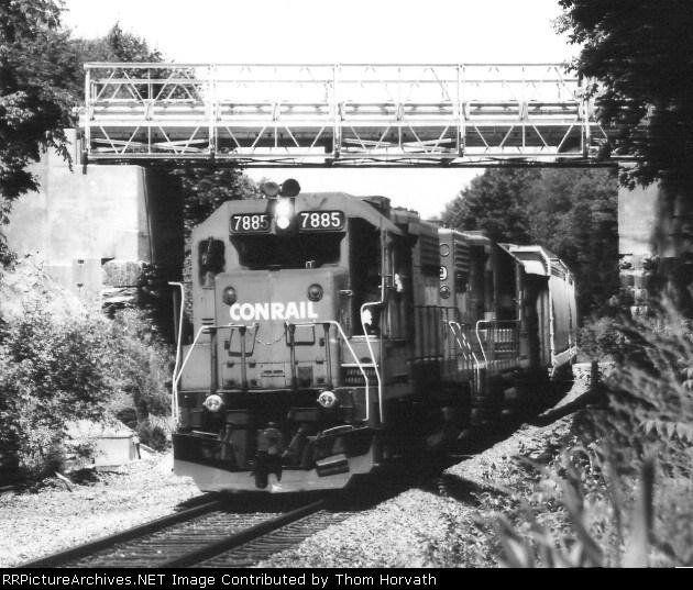 Passing beneath the Higginsville Road Bridge is CR AL10