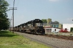 Eastbound Norfolk Southern Railway Mixed Freight Train powered by two EMD and two GE Diesel Locomotives