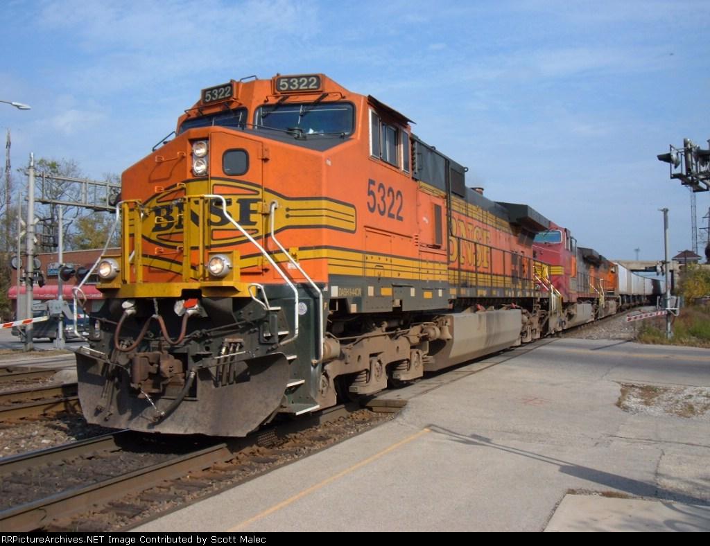 BNSF 5322, 713, & 5133