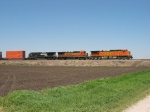 BNSF 5331 & 8619 with NS 9122