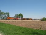 BNSF 7511 leading westward