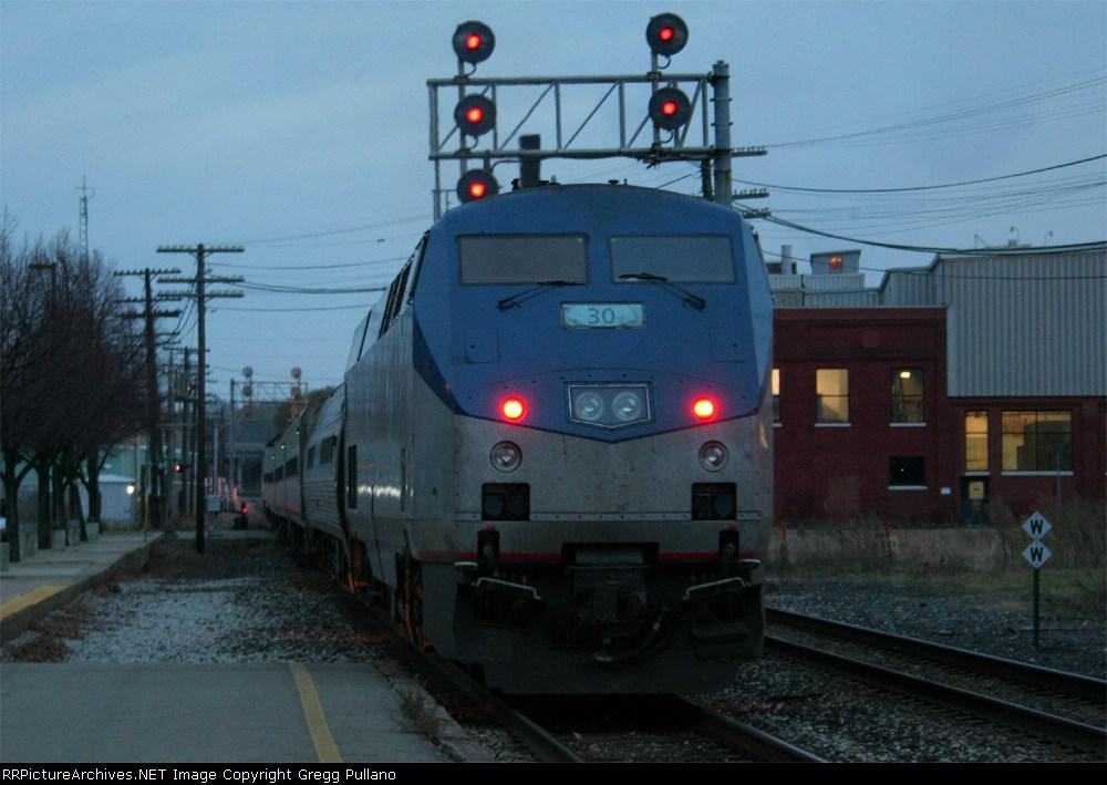 Amtrak 352