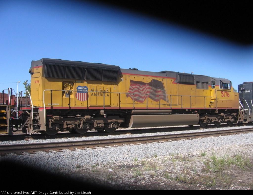 UP 5176