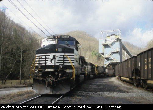 NS 9701 at the Brooks Run Mine