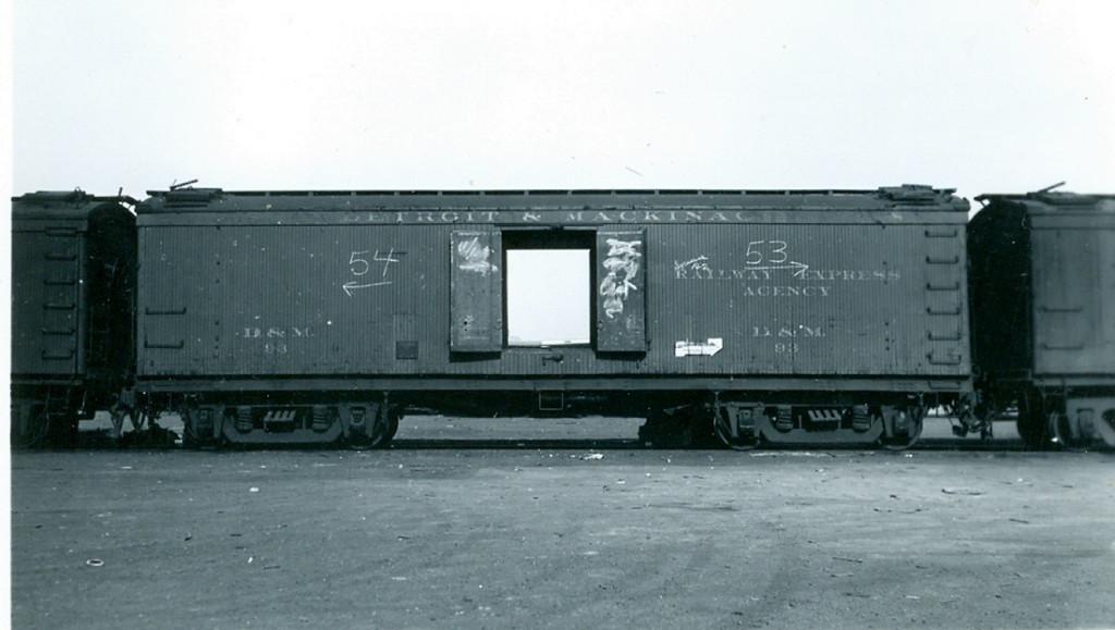 DM 93
