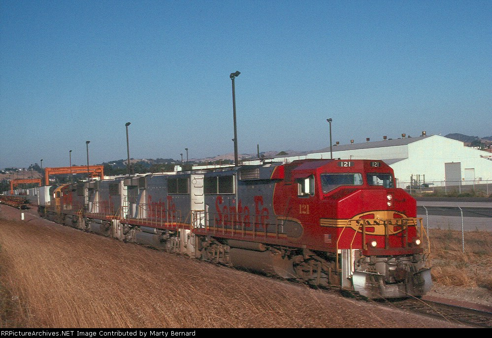 AT&SF 121 in 1991