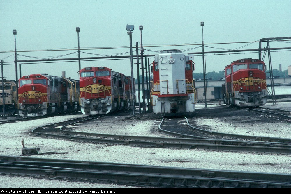 Four Warbonnets in Corwith Yard in 1991