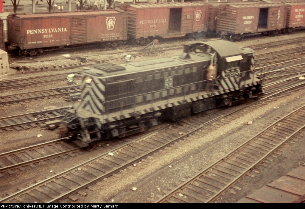 AT&SF 2393 in 1964