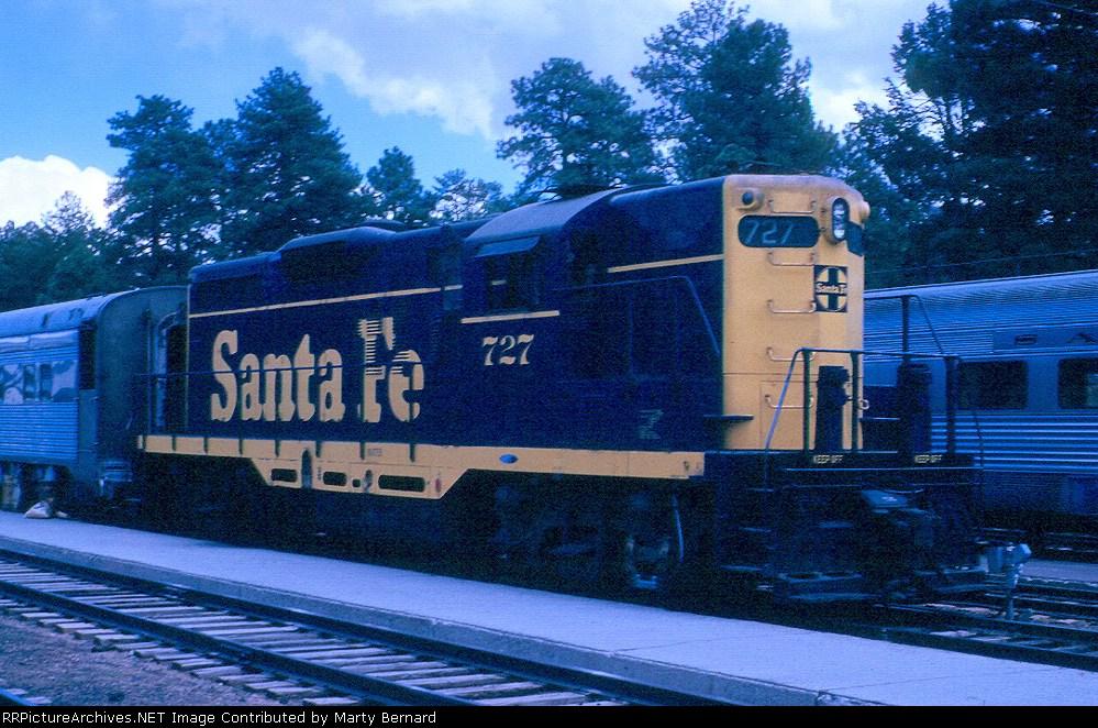 AT&SF GP9 #727 in 1962