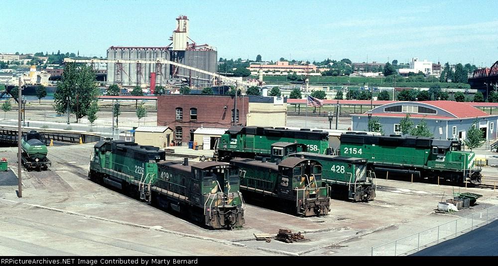 BN Power N.E. of Union Station