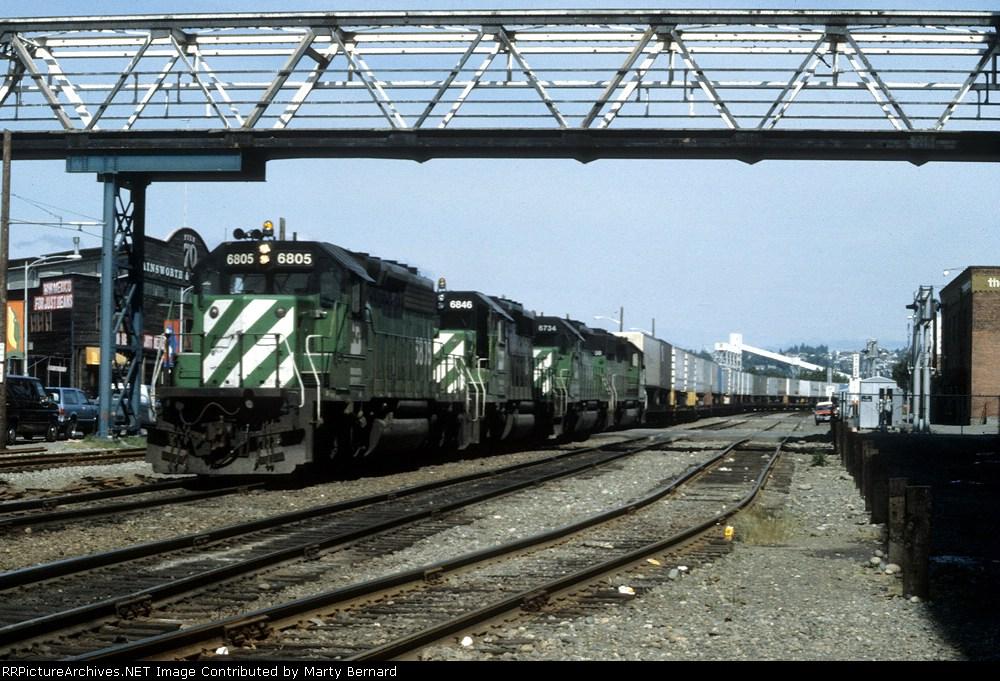 BN 6805, 6846 (ex-SLSF 956), BN 6734