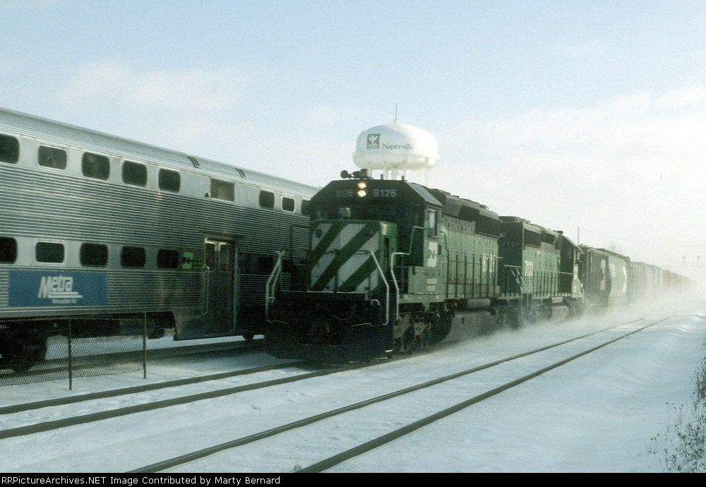 BN 8126 and 7131 Haul Mixed Freight